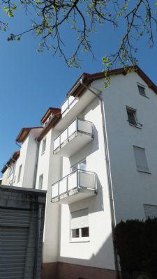 OF-BÜRGEL: 2 Zi. m. EBK und Balkon