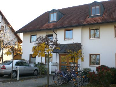 Planegg : Attraktive 2 Zi-Single-DG-Wohnung im Würmtal