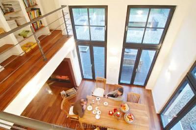 Design : Wohnzimmer Mit Galerie Modern ~ Inspirierende Bilder Von ... Moderne Wohnzimmer Mit Galerie