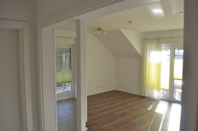Penthouse in Achim 3-Raum-Wohnung mit Dachterrasse und Aufzug.