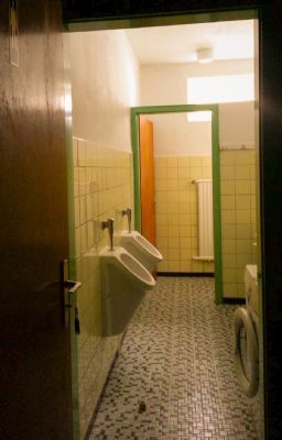 WC f. Männer 1 Stock
