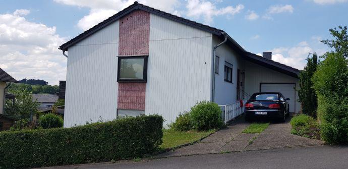 Einfamilienhaus mit Einliegerwohnung direkt vom Eigentümer