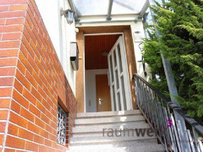 Eingang - Hier begrüßt Sie ihr neues Zuhause!
