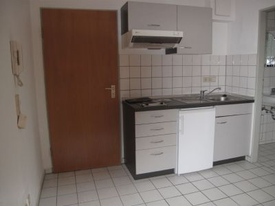 1 zimmer erdgeschoss wohnung wohnung esslingen 2d5rr4b. Black Bedroom Furniture Sets. Home Design Ideas