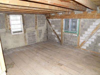 Zimmer 6 im Obergeschoss