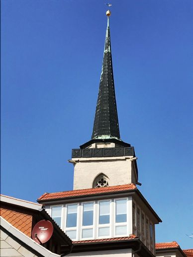 Nahe Dom! großzügiges Wohnen/Kochen/Essen, Balkon, W-/D-Bad mit Fenster, G-WC, Waschmaschine.......mitten in Erfurt!