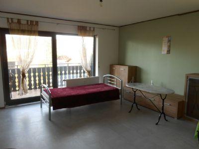 voll m blierte zimmer f r pendler praktikanten monteure in rastatt ortsteil zu vermieten. Black Bedroom Furniture Sets. Home Design Ideas