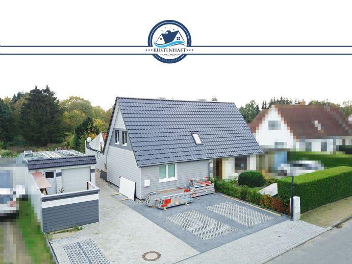 **RESERVIERT** Pönitz: Kernsanierte Doppelhaushälfte mit Einlieger-Anbau und großzügigem Grundstück