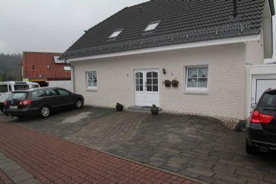 Junges einfamilienhaus mit gro z giger raumaufteilung for Raumaufteilung einfamilienhaus