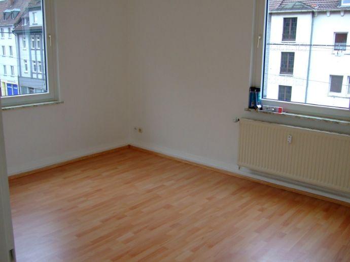 Renovierte 2 Zimmer-Wohnung in Schalke-Nord provisionsfrei zu vermieten!!!