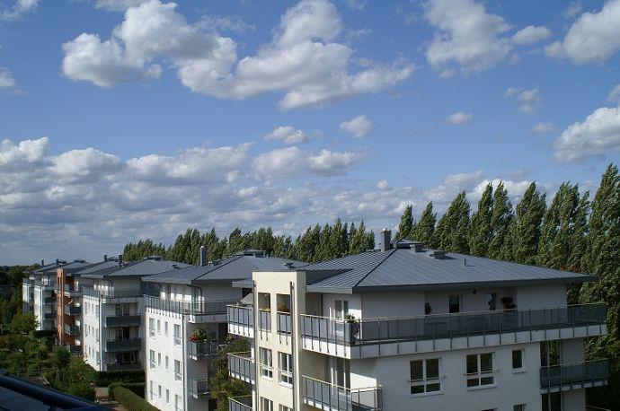 Vermietete DG-Wohnung mit Balkon und Aufzug - von privat - provisionsfrei