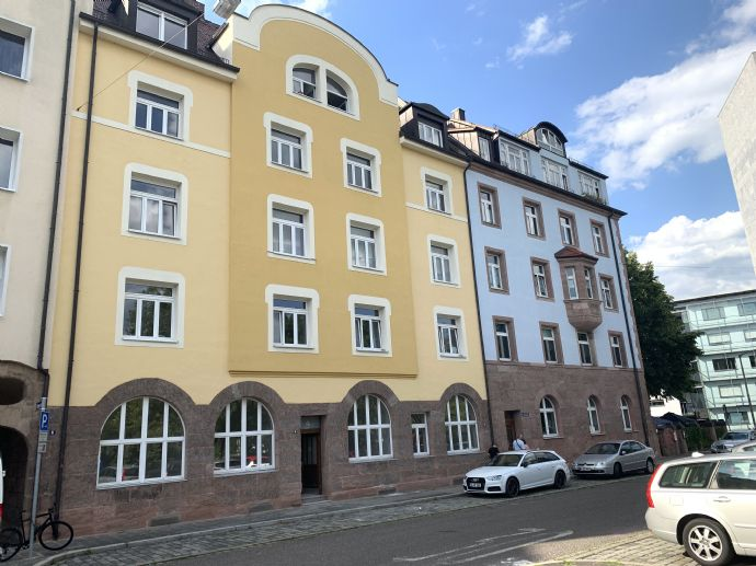 renovierte 4 Zimmer Altbauwohnung  +++ im Jugenstilhaus im Nibelungenviertel +++