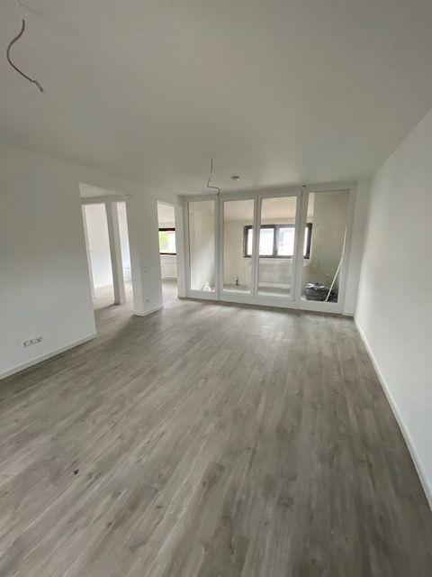 Wohnen in Wiesloch-Stadtmitte im Denkmalgeschützten 3 Fam.-Haus Dachgeschoß mit Klima und Dachloggia
