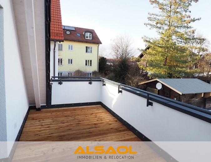 ALSAOL Immobilien: Erstbezug - schönes 1-Zimmer-Apartment mit einer Dachterrasse und Einbauküche!