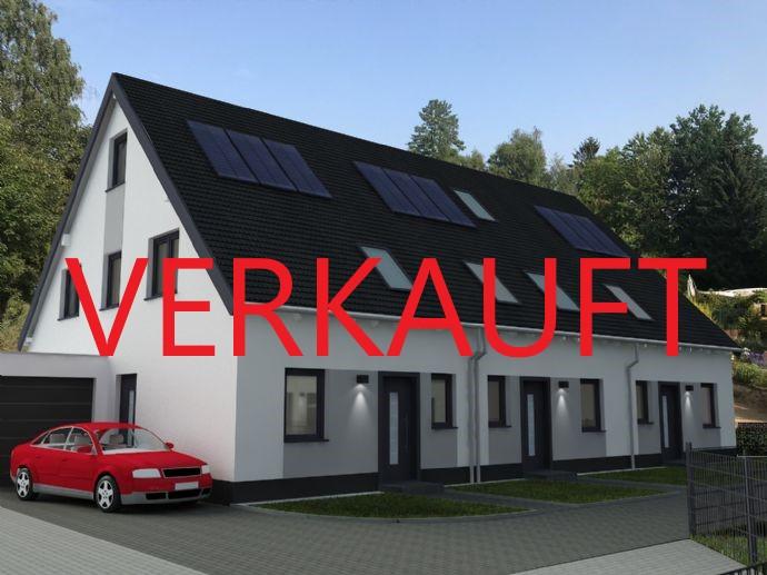 Hochwertiges Reihenmittelhaus in ruhiger Lage | Garage gegen Aufpreis
