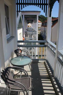 Balkon einer Dachgeschosswohnung