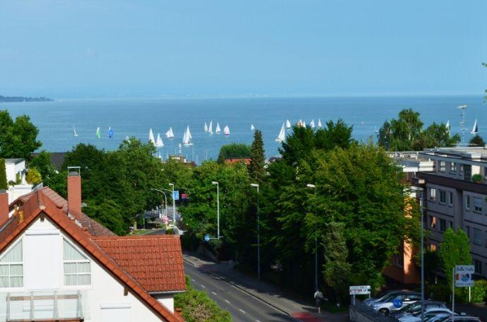 Dachgeschoß-Wohnung, gute Lage mit Blick auf den Bodensee