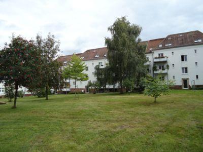 Preiswerte 2-Zimmer-Wohnung in grüner Lage
