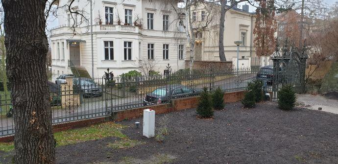 Wohnen im Denkmal-Parkett-Fussbodenheizung-Wannenbad-Stellplatz-Großzügige Gartenanlage-Exclusiv