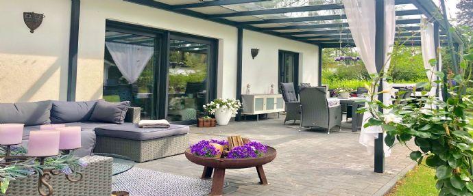 LEHNITZSEE-IMMOBILIEN: luxuriöser Bungalow unweit vom Lubowsee
