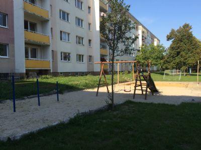 Spielplatz gepflegt und sauber