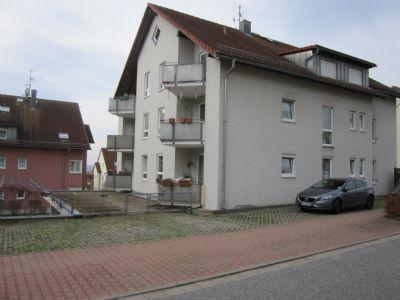 Familienwohnung mit Charme und hübschen Balkon