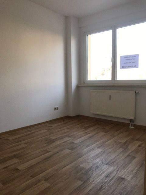 2 Zimmer Wohnung in Zeitz , Elster