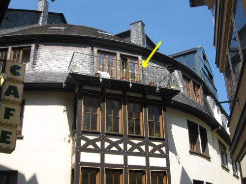 Attraktive Stadtwohnung mit Balkon und kompletter Möblierung