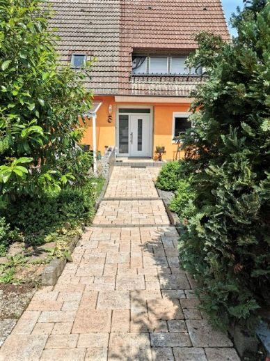 Ein-bis 2-Familienhaus mit Einliegerwohnung in Holtensen auch als Kapitalanlage geeignet