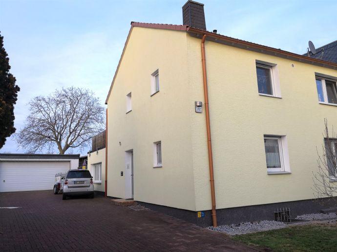 Familien aufgepasst! 2-Familienhaus in Dortmund Eving mit riesiger Doppelgarage, Dachterrasse und großem Garten!
