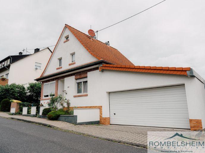 Hochwertiges EFH mit Garage in Top Wohnlage!