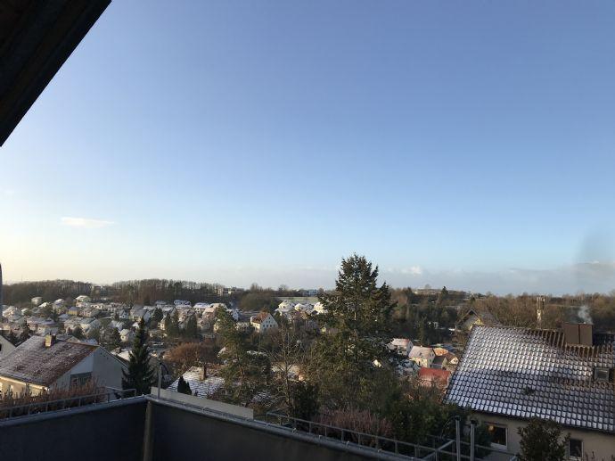 Aussergewohnliche Helle 3 Zimmer Etw Mit Balkon In Dittelbrunn Zu