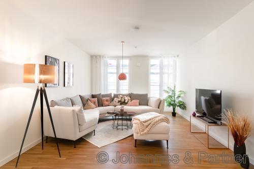 Vermietungsstart am Postplatz! Moderne 2-Zimmer-Wohnung mit Terrasse