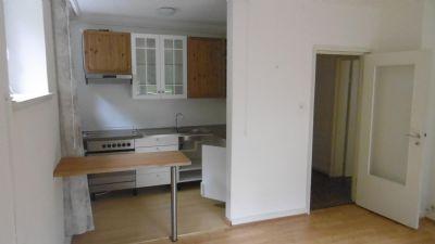 Wohnzimmer mit Küchenbereich UG