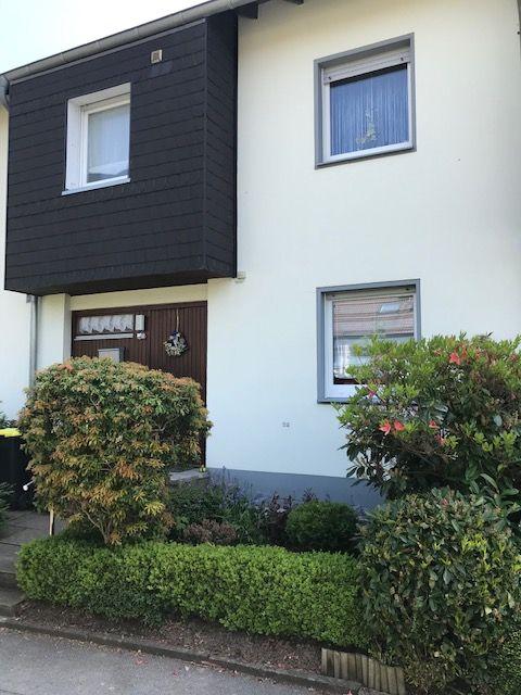 Reihenmittelhaus mit Garage und Gartenhaus in Top Lage, Provisionsfrei