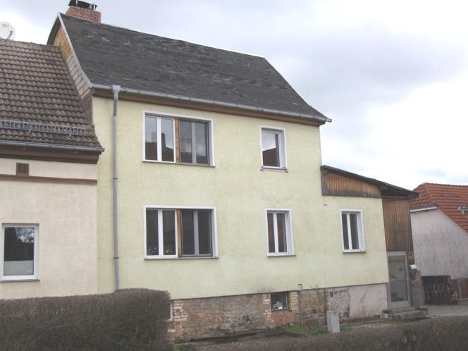 Einfamilienhaus / Doppelhaushälfte in Klostermansfeld