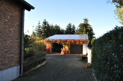 Innenhof / Doppelgarage