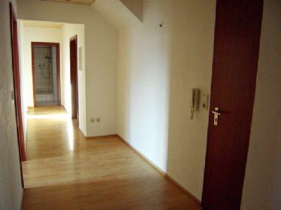 Eingangsbereich / Flur zu allen Räumen