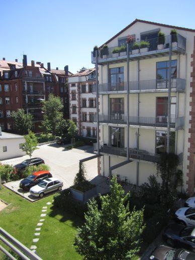 Exklusive 4-Zimmer-Wohnung mit 2 Balkonen im Herzen von St. Johannis