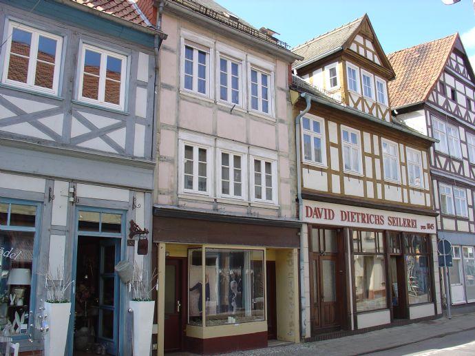 Einfamilienhaus mit kleinem Ladengeschäft im Zentrum der Stadt Salzwedel zu verkaufen.