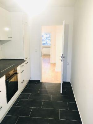 Sehr schöne 74 m² 3-Zimmer-Wohnung mit großer Loggia Hamburg Stellingen