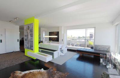 FÜ // DAMBACH; gut ausgestattetes Penthouse mit toller Dachterrasse & TG-Stpl.
