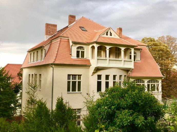Villa Kirschberg - edel, großzügig & grün - Erstbezug