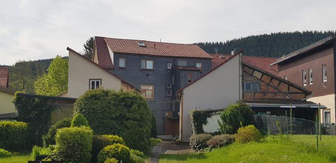 Stark sanierungsbedürftiges Blockhaus am Rande von Wutha zu verkaufen
