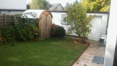 Garten / Zugang - Garage