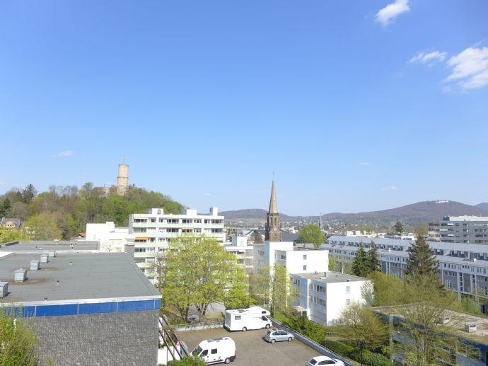 Frisch renovierte 3-Zimmer-Wohnung mit Blick auf die Godesburg