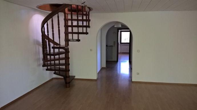 3,5-Zimmer-Maisonette-Wohnung (über 2 Stockwerke) mit Blick auf den Wald in Hohenbrunn Riemerling