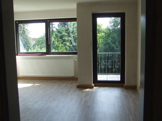 Helle 3-Zimmer-Wohnung mit Balkon in Baesweiler-Zentrum