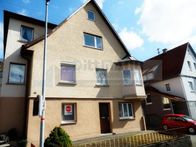 Schönes Einfamilienhaus mit Garten und Garage in Onstmettingen