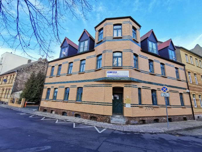 Große und geräumige Wohnung in Bitterfeld